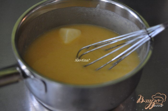 Фото приготовление рецепта: Апельсиновый кекс с начинкой и цитрусовыми цукатами шаг №1