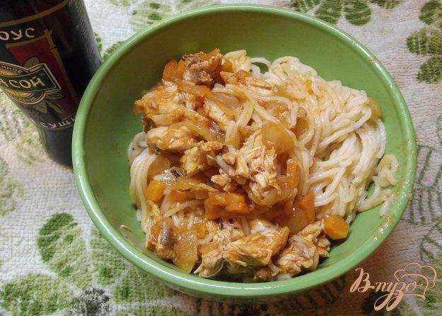 Рецепт Спагетти с курицей и заправкой из овощей