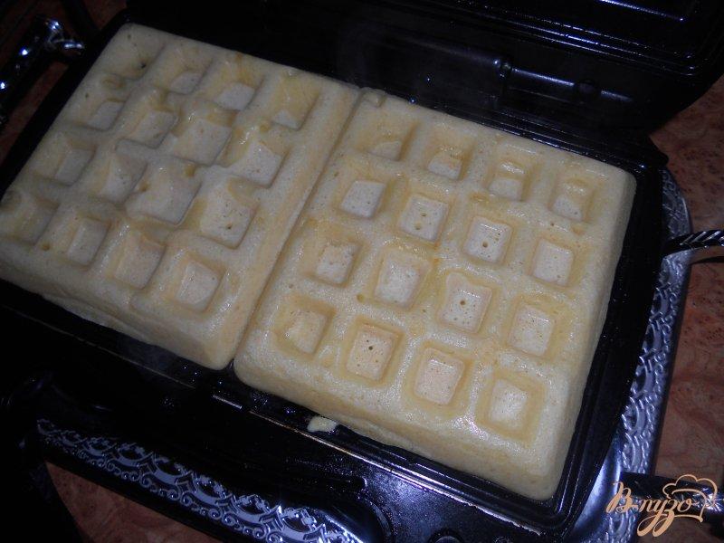 Фото приготовление рецепта: Бельгийские вафли шаг №3