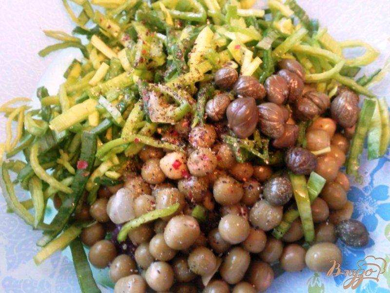 Фото приготовление рецепта: Салат с сельдью шаг №3