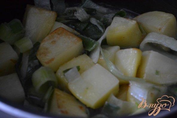Фото приготовление рецепта: Горохово-шпинатный суп с горчицей шаг №1