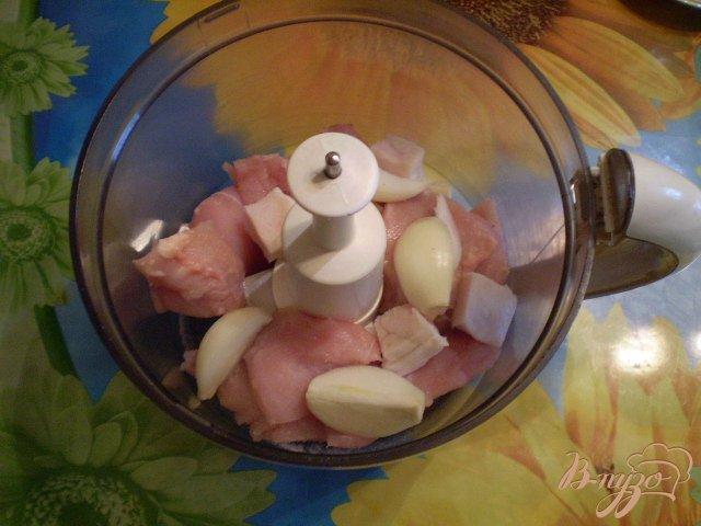 Фото приготовление рецепта: Сочные куриные котлеты шаг №2