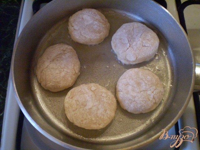 Фото приготовление рецепта: Сочные куриные котлеты шаг №6