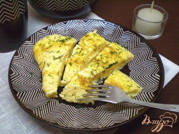 Рецепт Нежный омлет с молоком и сыром