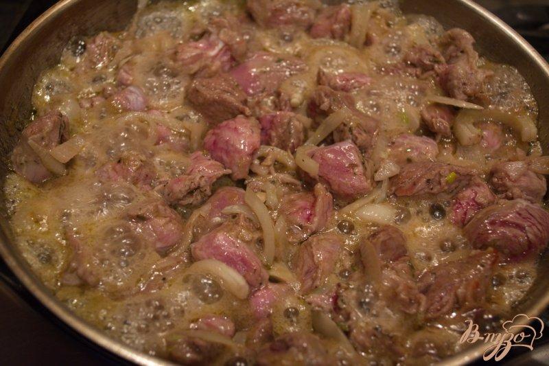 Фото приготовление рецепта: Фламбированная свинина шаг №3