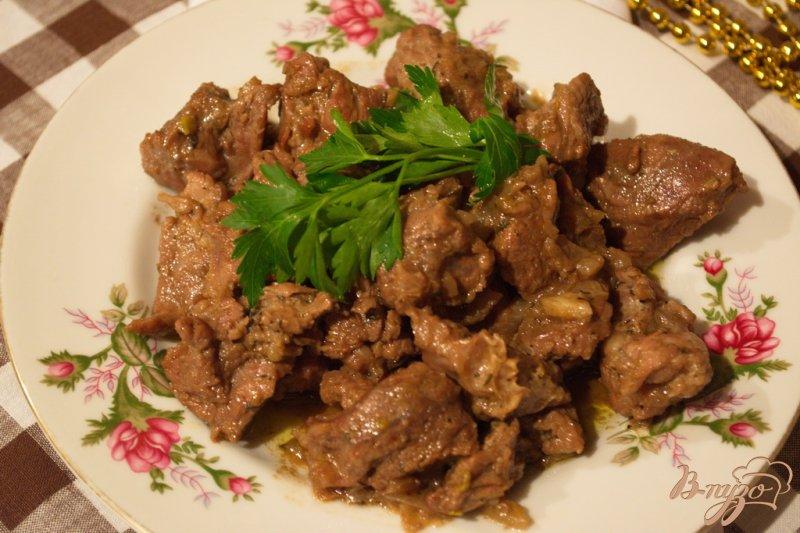 Фото приготовление рецепта: Фламбированная свинина шаг №7