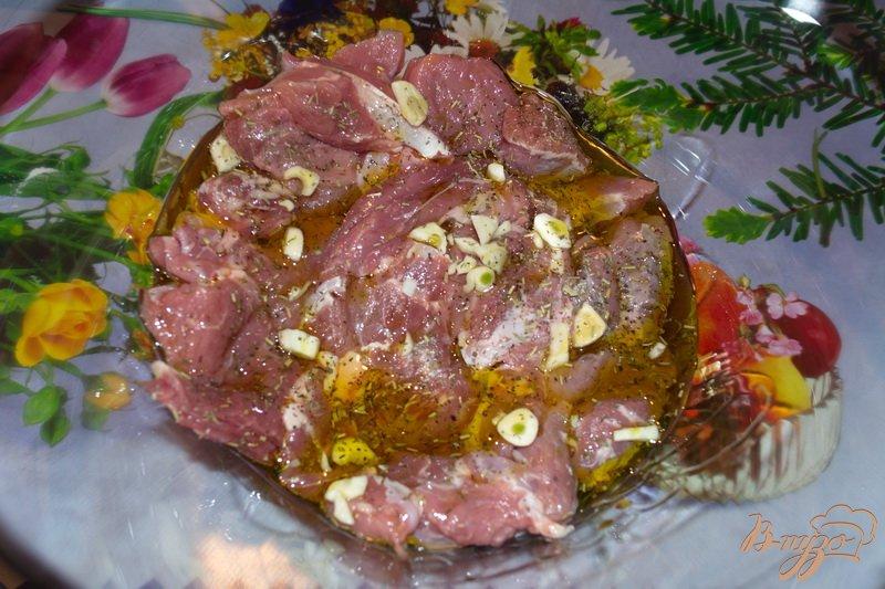 Фото приготовление рецепта: Фламбированная свинина шаг №2