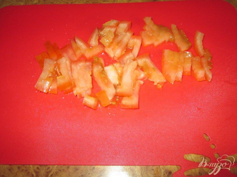 Фото приготовление рецепта: Подливка с колбасой шаг №4