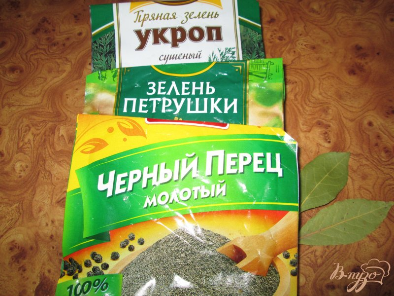 Фото приготовление рецепта: Подливка с колбасой шаг №7