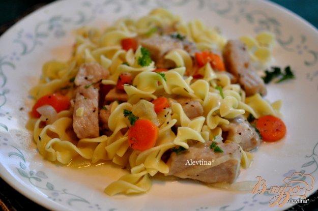 Рецепт Cвинина с овощами и яичной лапшой