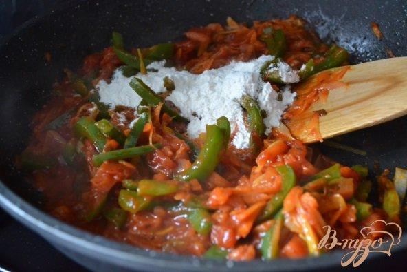 Фото приготовление рецепта: Гречаники с овощным соусом шаг №5