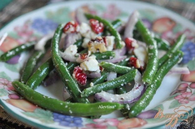 Рецепт Салат с зеленой фасолью,с сыром фета и орехами