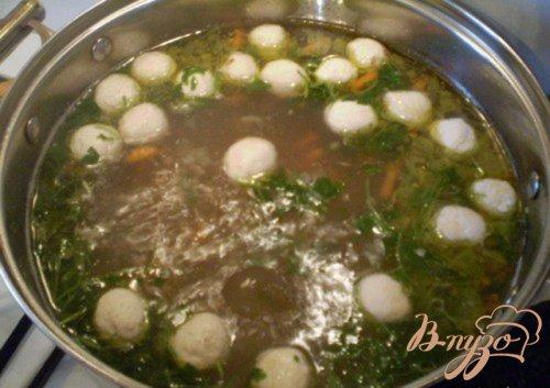 Гречневый суп с мясными шариками