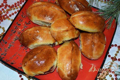 Вишневые домашние пирожки