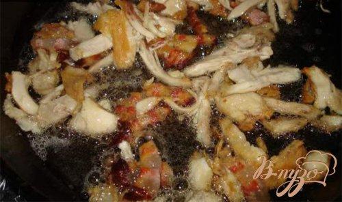 Молодой картофель с курицей, беконом и соленым арахисом