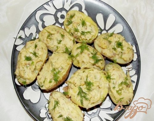 Картофельные лодочки с мясом и сыром