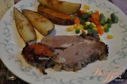 Жаркое из свинины с луком и цитрусом