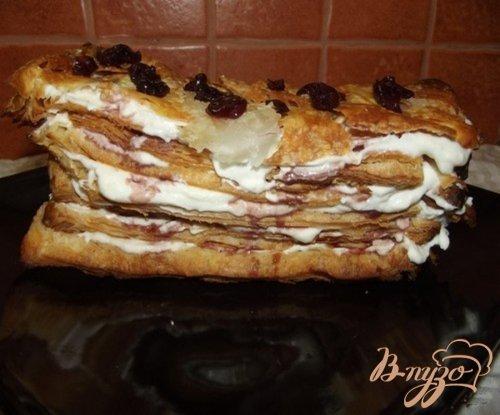 """Слоеный торт """"Старый замок"""" с вишней и творожным кремом"""