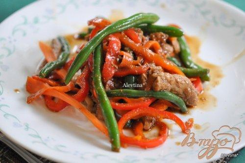 Свинина стир-фрай с зеленой фасолью