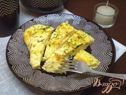 Нежный омлет с молоком и сыром