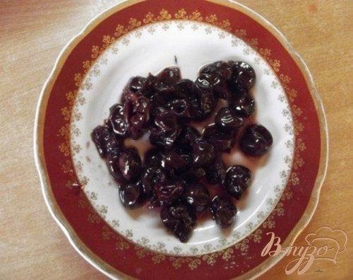 Песочное печенье с вишневым вареньем