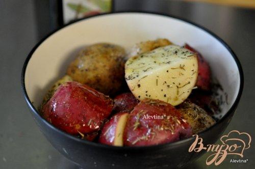 Картофель с тимьяном и розмарином в пакете