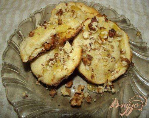 Песочное печенье с грецким орехом и медом