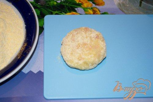 Картофельные котлеты с ветчиной в кукурузной панировке