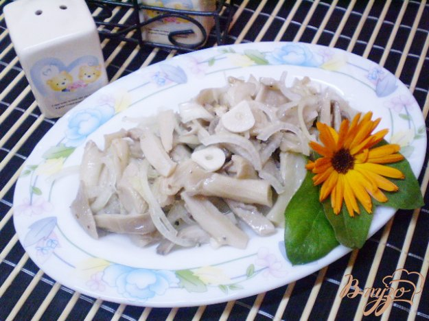 Рецепт Грибной салат с репчатым луком