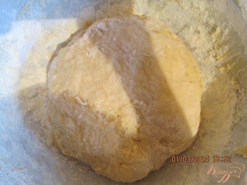 Фото приготовление рецепта: Пирожки с вишней шаг №9