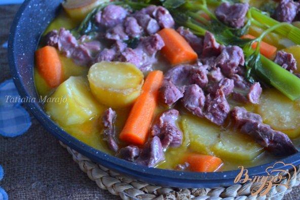 фото рецепта: Овощное рагу с утиными желудочками