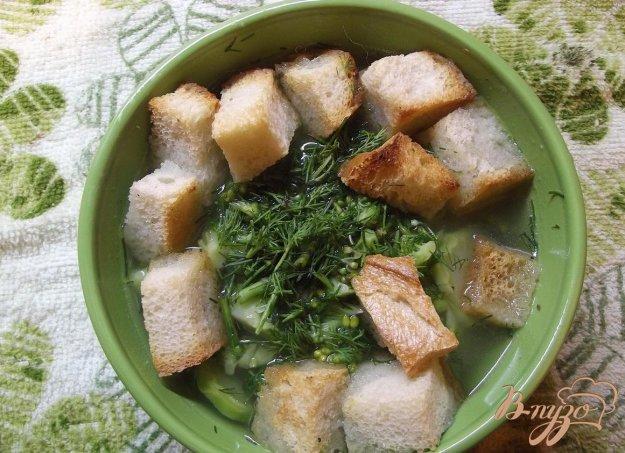 фото рецепта: Суп из брокколи с сухариками