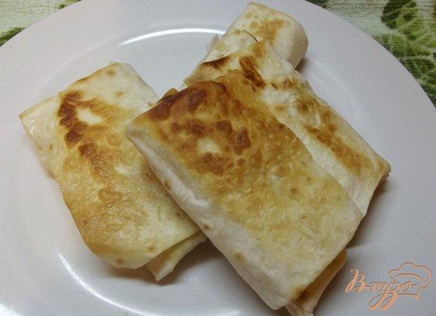 Рецепт Закуска из лаваша с яйцом и сыром