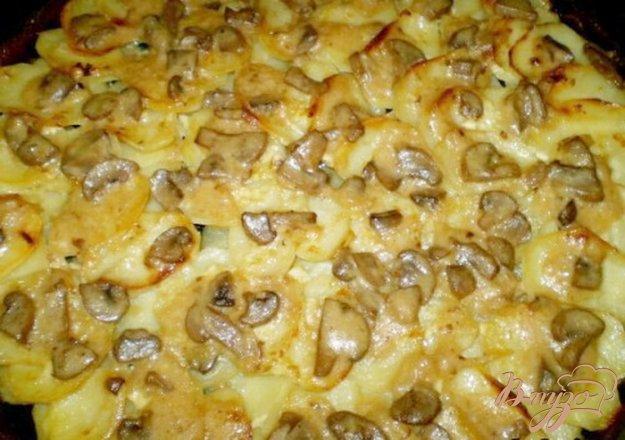 Рецепт Картофель в сливках с грибами и чесноком