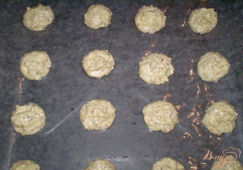 Фото приготовление рецепта: Кукурузное печенье с орехами от производителя шаг №4