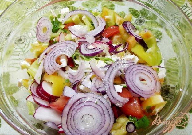 Рецепт Салат с крымским луком и фетой