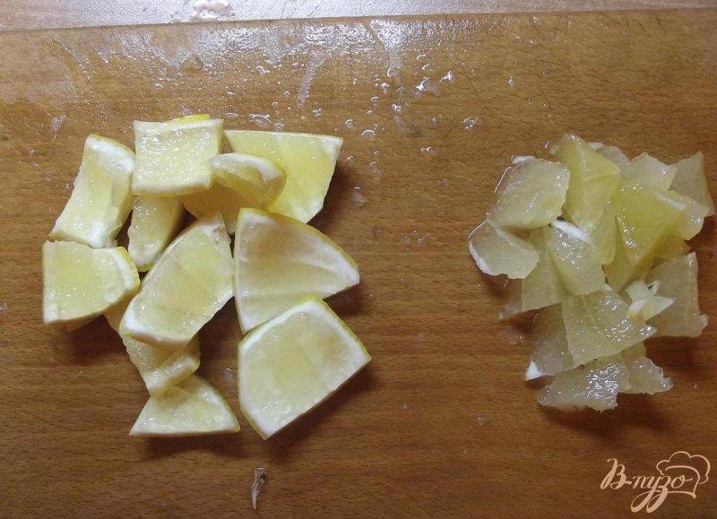 Фото приготовление рецепта: Лимонно-мятное варенье шаг №3