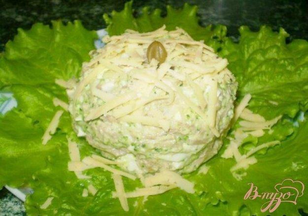 фото рецепта: Салат мясной с каперсами и брокколи