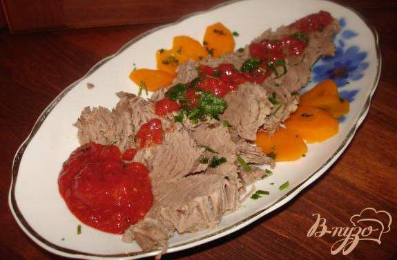 Рецепт Отварная говядина под сливовым соусом