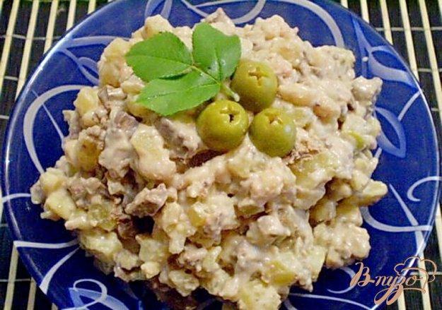 Рецепт Салат печеночный с зелеными оливками