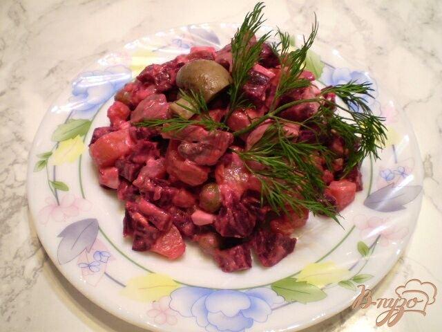 Фото приготовление рецепта: Овощной салат с шампиньонами шаг №4