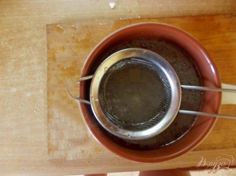 Фото приготовление рецепта: Куриный бульон с мятой шаг №4