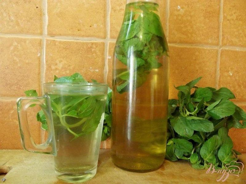 Фото приготовление рецепта: Освежающий мятный напиток шаг №6
