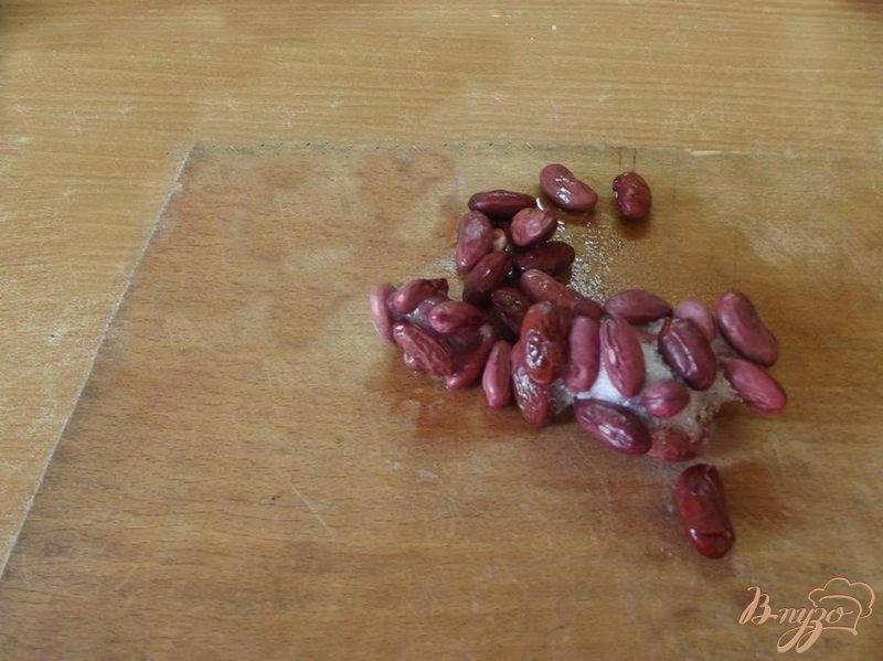 Фото приготовление рецепта: Суп с красной фасолью шаг №3