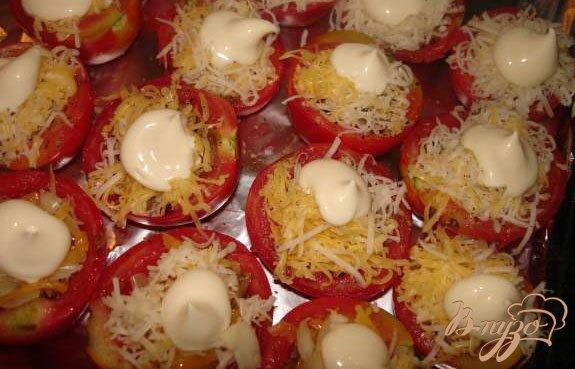 Фото приготовление рецепта: Фаршированные помидоры шаг №4
