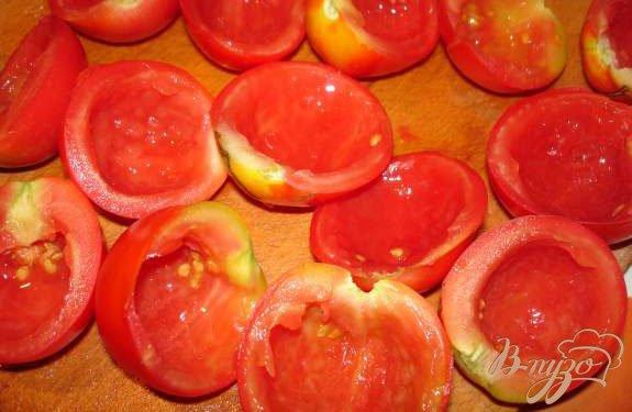 Фото приготовление рецепта: Фаршированные помидоры шаг №2