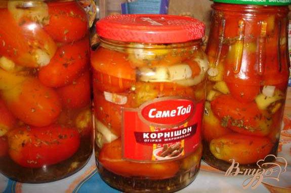 фото рецепта: Маринованные помидорки под водочку