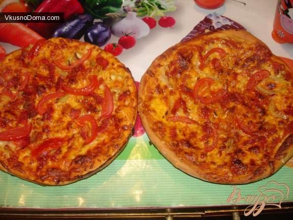 Фото приготовление рецепта: Итальянская пицца с чрезо и моцареллой шаг №3