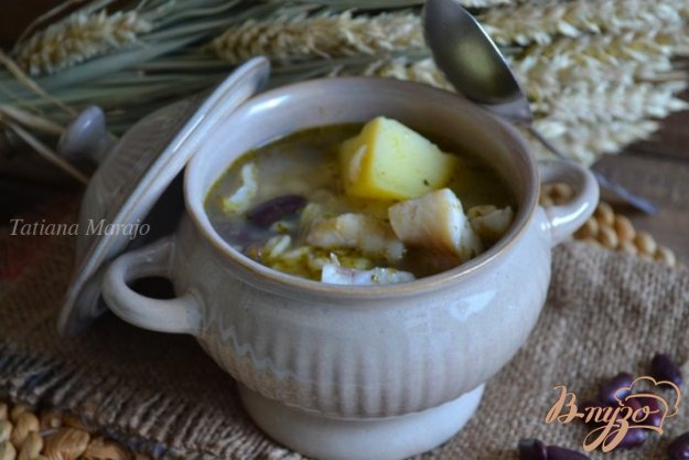фото рецепта: Густой суп с рыбой, крупами и фасолью