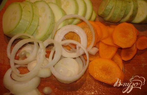 Фото приготовление рецепта: Мясо под капустным листом шаг №2